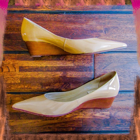 brand new 9c977 e43a2 Chic Boutique 58 Dark Nude Patent Wedge Heels